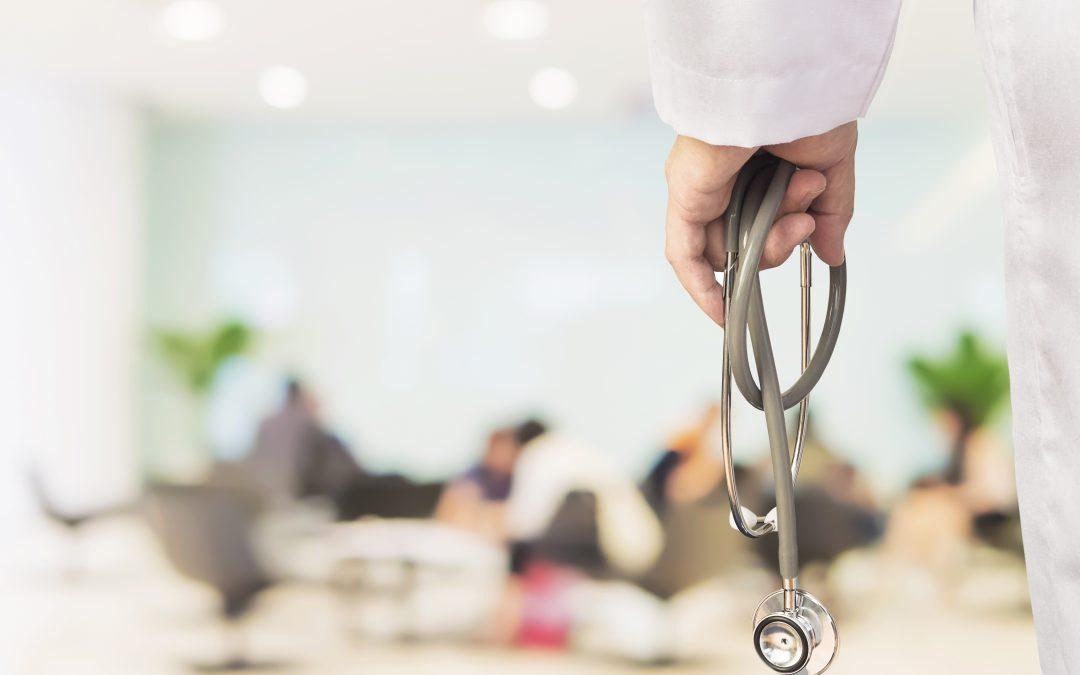 Cómo mejorar los procesos de atención no presencial al paciente en el sector salud